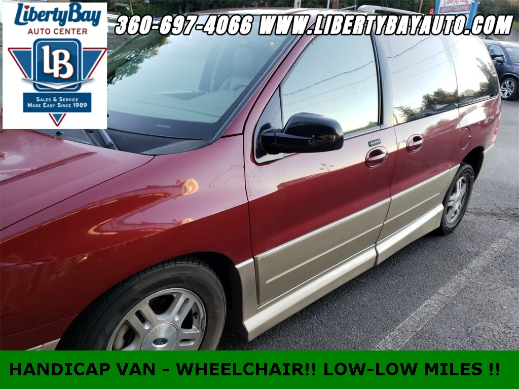 Pre-Owned 2004 Ford Freestar Limited